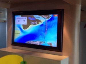 Screen displaying data on the ferry | Image: Borja Aguiar Gonzalez